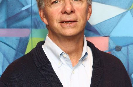 Ray Dalio Backs First Above-Floor Digital Forex Agency