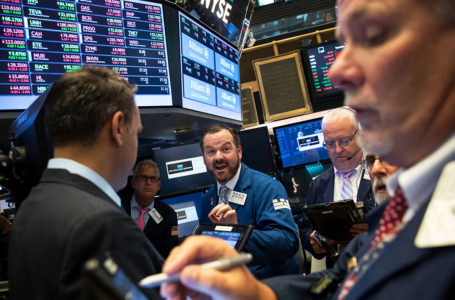 Here's Why You Should Not Sell Stocks